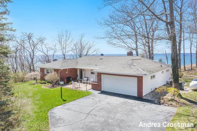 4805 Scenic Drive, Fruitland Twp, MI 49461 (#71021013483) :: Novak & Associates