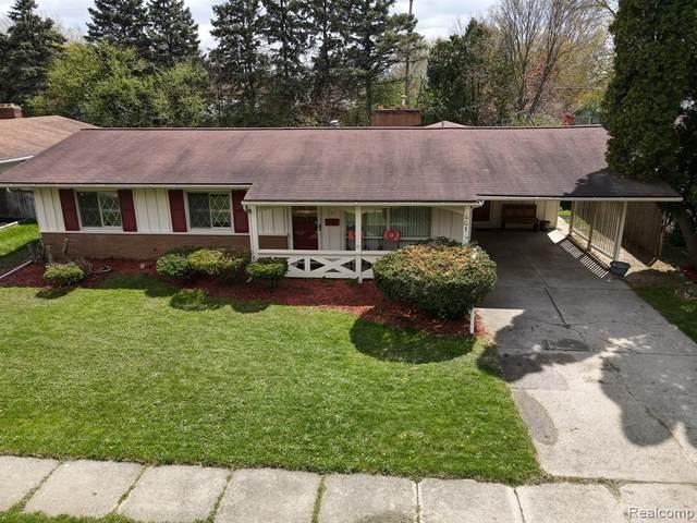1901 Rockcreek Lane, Flint, MI 48507 (#2210028288) :: Real Estate For A CAUSE