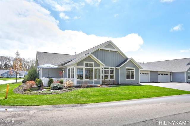 197 Janes View Drive, Park Twp, MI 49424 (#71021013581) :: Real Estate For A CAUSE
