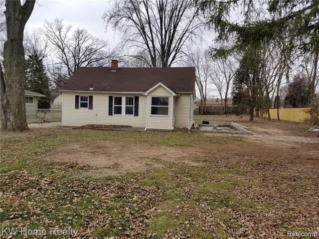 9095 Cardwell Street, Livonia, MI 48150 (#2210028440) :: Real Estate For A CAUSE