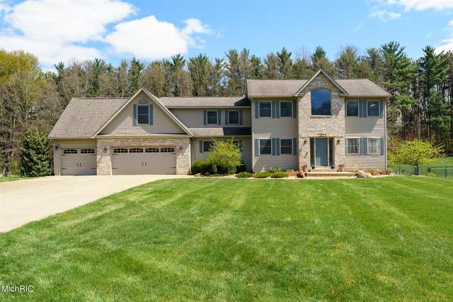 137 Dreamfield Drive, Emmett Twp, MI 49014 (#64021013651) :: Real Estate For A CAUSE