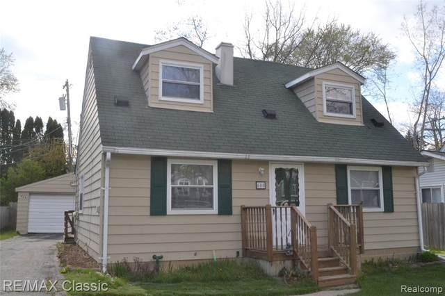 600 Winding Dr Drive, Waterford Twp, MI 48328 (#2210028641) :: Real Estate For A CAUSE