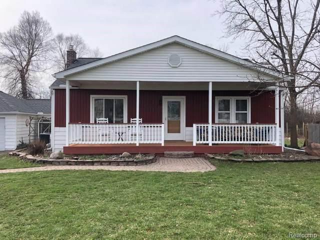 6383 Bristol Road, Swartz Creek, MI 48473 (#2210028758) :: Real Estate For A CAUSE