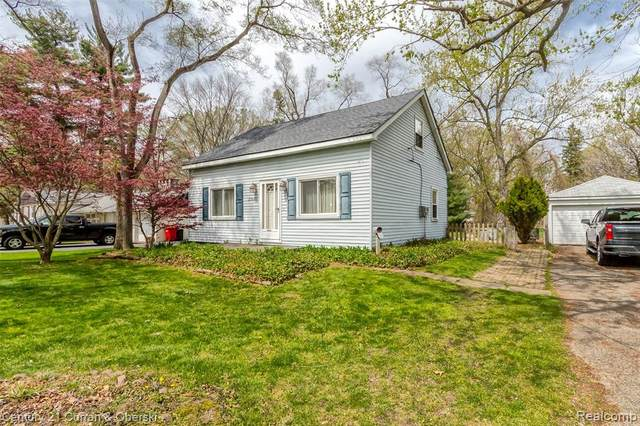 23690 Norcrest Dr, Southfield, MI 48033 (#2210028928) :: Real Estate For A CAUSE