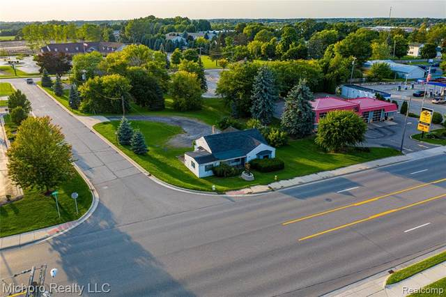 936 S Main Street, Lapeer, MI 48446 (#2210029025) :: Real Estate For A CAUSE