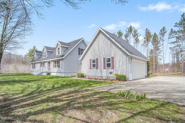 1200 W Dewey Road, Victory Twp, MI 49454 (#67021013934) :: Real Estate For A CAUSE