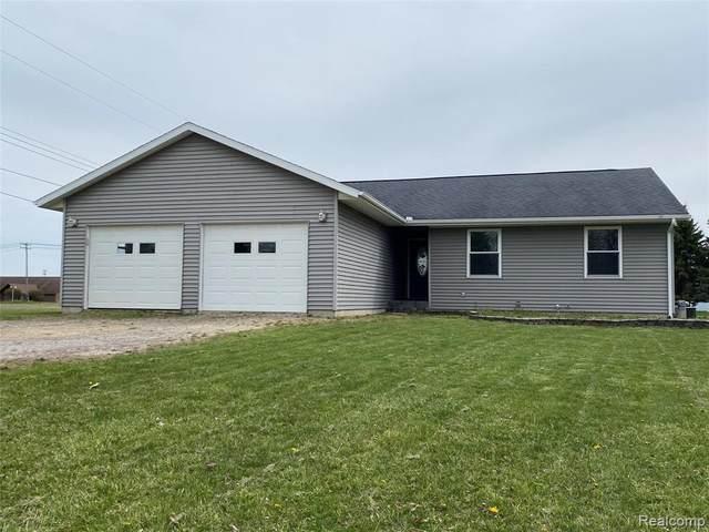 1557 Hickory Lane, Caro, MI 48723 (#2210029366) :: Real Estate For A CAUSE