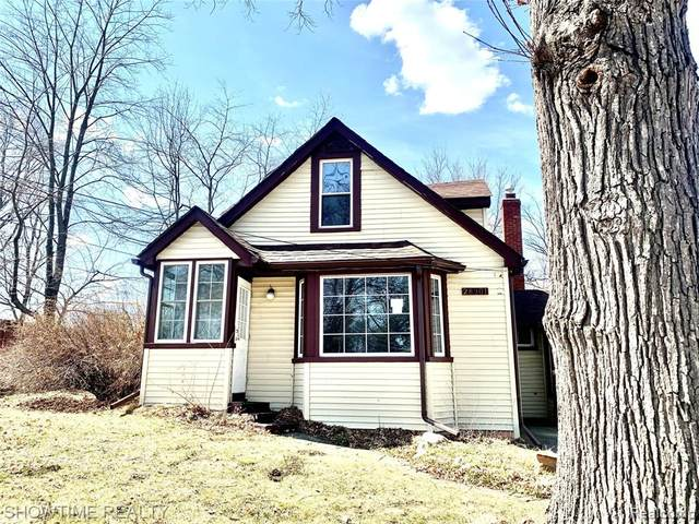 28301 Revere Avenue, Warren, MI 48092 (#2210029612) :: Real Estate For A CAUSE