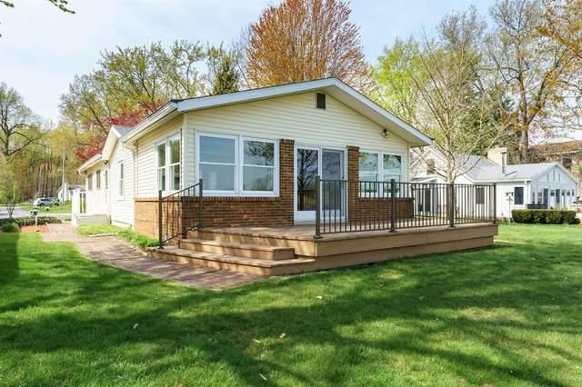 8147 W Long Lake Drive, Pavilion Twp, MI 49048 (#66021014293) :: Novak & Associates