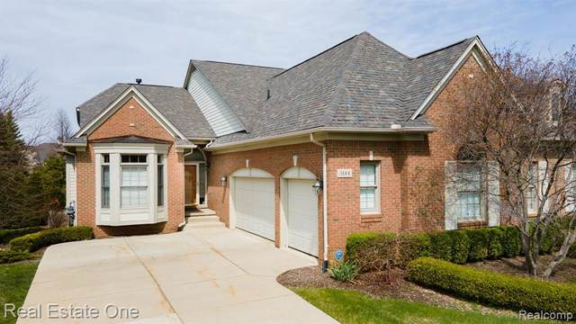 5144 Brecon Court, Oakland Twp, MI 48306 (#2210030056) :: Real Estate For A CAUSE