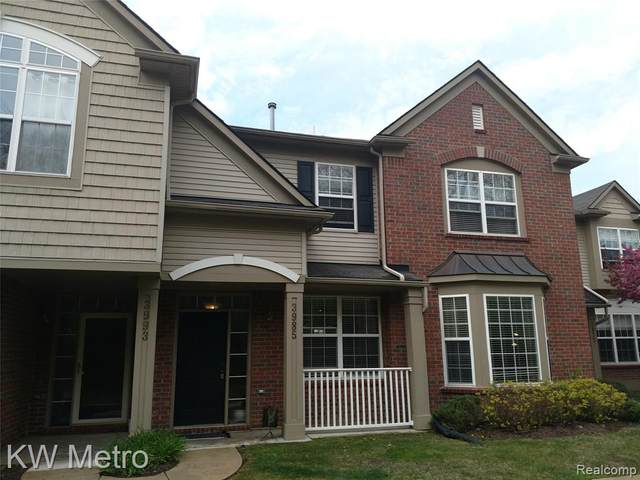3985 Radcliff Drive, Canton Twp, MI 48188 (#2210030301) :: Real Estate For A CAUSE