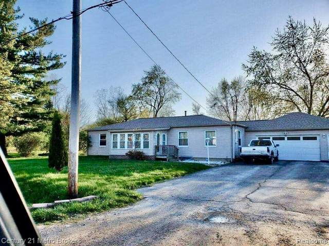 2479 Murphy Road, Flint Twp, MI 48504 (#2210030407) :: Real Estate For A CAUSE