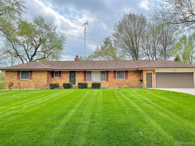 7172 E Atherton Road, Davison Twp, MI 48423 (#2210030757) :: Novak & Associates