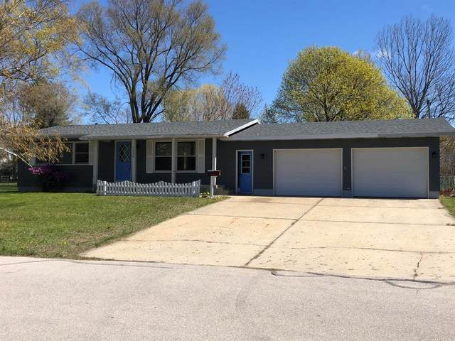 1335 Greenwich Street, Manistee, MI 49660 (#67021014808) :: Real Estate For A CAUSE