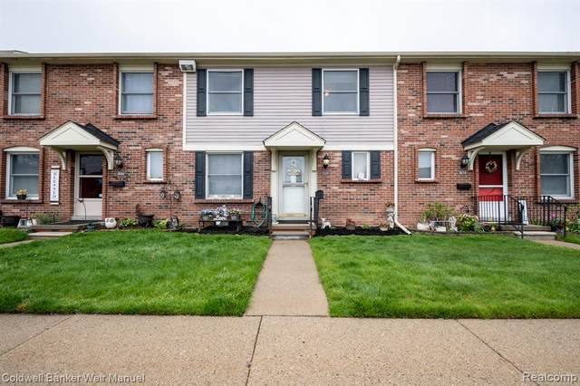 20261 Great Oaks Circle S, Clinton Twp, MI 48036 (#2210031059) :: Real Estate For A CAUSE