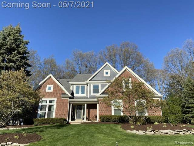 507 Inverness, Highland Twp, MI 48357 (#2210031132) :: Real Estate For A CAUSE