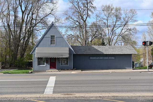 3860 Elizabeth Lake Road, Waterford Twp, MI 48238 (#2210031185) :: Real Estate For A CAUSE