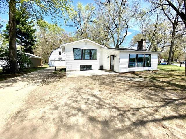 63144 W Fish Lake Rd, Sherman Twp, MI 49091 (#62021015037) :: Real Estate For A CAUSE