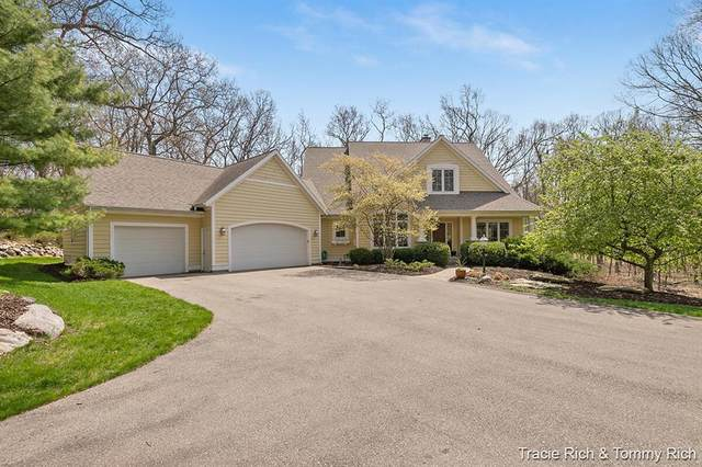 7012 Greywall Court NE, Cannon Twp, MI 49306 (#65021015062) :: Real Estate For A CAUSE
