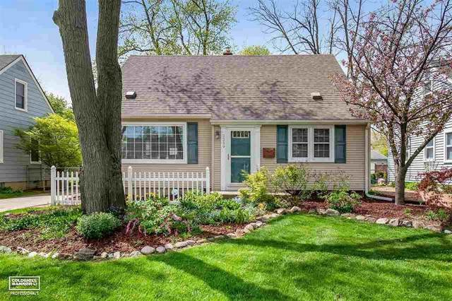2259 Cummings Ave, Berkley, MI 48072 (#58050040563) :: Real Estate For A CAUSE