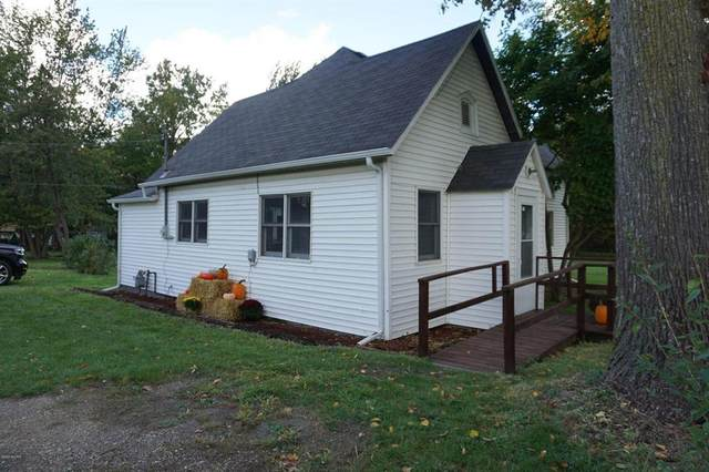73520 6th Avenue, South Haven Twp, MI 49090 (#69021015171) :: Real Estate For A CAUSE