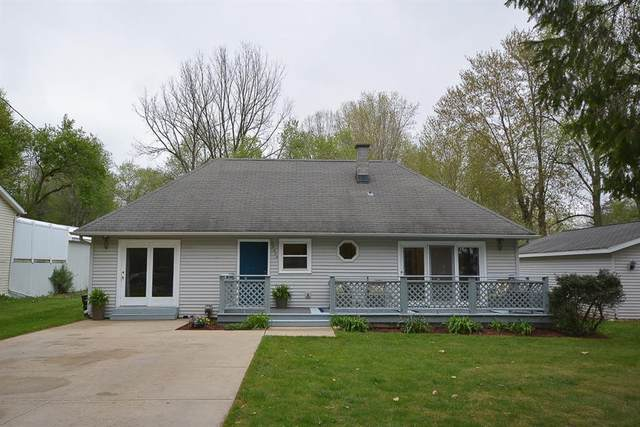 35404 51st Avenue, Paw Paw Twp, MI 49079 (#69021015240) :: RE/MAX Nexus