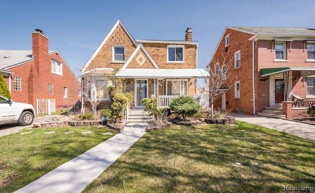 7900 W Morrow Circle, Dearborn, MI 48126 (#2210031943) :: Real Estate For A CAUSE