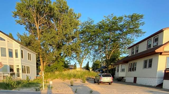 34 Lake Shore Drive, South Haven, MI 49090 (#69021015401) :: RE/MAX Nexus