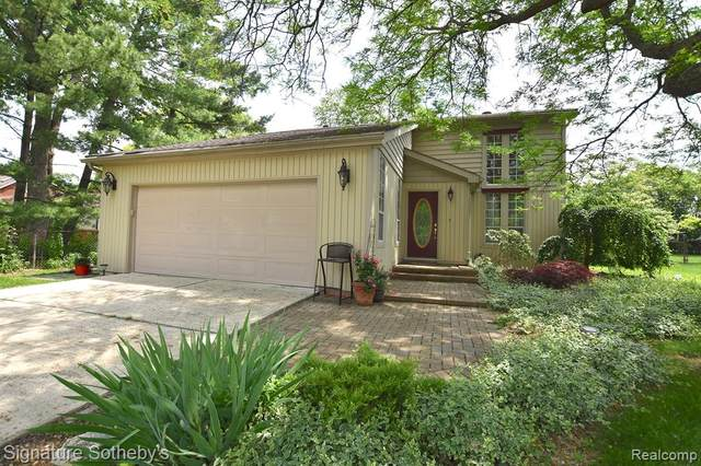 31820 Allerton Drive, Beverly Hills Vlg, MI 48025 (#2210032009) :: Real Estate For A CAUSE