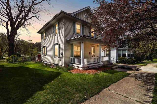 1236 Third St, CITY OF JACKSON, MI 49203 (#55202101195) :: The Alex Nugent Team | Real Estate One