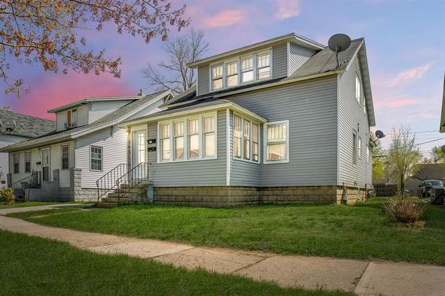 242 W 17th Street, Holland, MI 49423 (#65021015486) :: Real Estate For A CAUSE