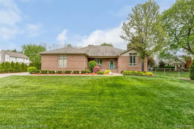 8020 N Hix Road, Westland, MI 48185 (#2210032262) :: Real Estate For A CAUSE