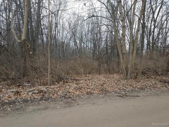 vac Crosby Lake Road, Springfield Twp, MI 48346 (#2210032339) :: RE/MAX Nexus