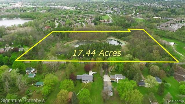 001 Mccandlish Road, Grand Blanc Twp, MI 48439 (#2210032402) :: Novak & Associates