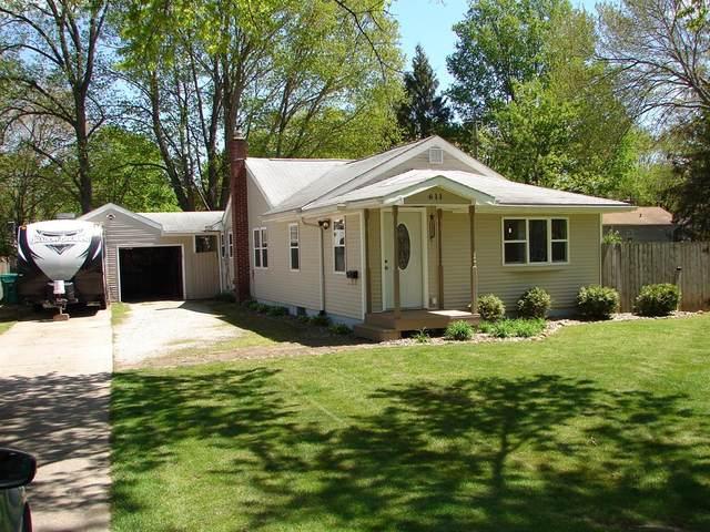 611 S Lincoln Avenue, Niles, MI 49120 (#69021015639) :: Real Estate For A CAUSE