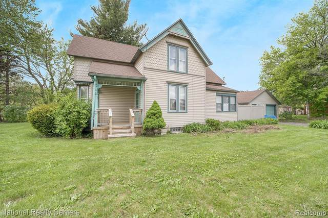 7033 Middlebelt Road, Garden City, MI 48135 (#2210032560) :: Real Estate For A CAUSE