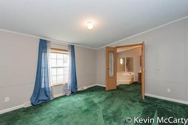 474 Elm Street, Fennville, MI 49408 (#65021015792) :: Real Estate For A CAUSE