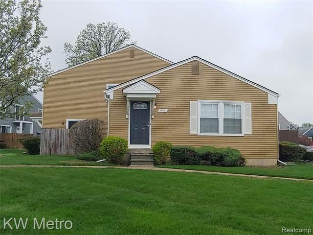 23631 N Rockledge, Novi, MI 48375 (#2210032633) :: Duneske Real Estate Advisors