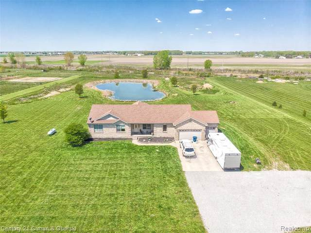 11001 Victory Road, Erie Twp, MI 48133 (#2210032638) :: The Mulvihill Group