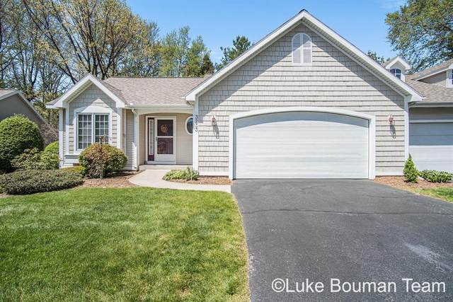 3233 Westbury Court, Holland Twp, MI 49424 (#71021015813) :: Real Estate For A CAUSE