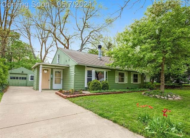 2352 Yost Boulevard, Ann Arbor, MI 48104 (#543280728) :: Real Estate For A CAUSE