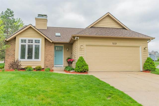 5215 E Woodmeade Court SE, Ada Twp, MI 49301 (#71021015836) :: Real Estate For A CAUSE