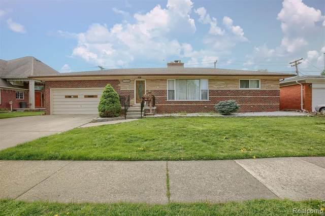 22356 Lanse Street, Saint Clair Shores, MI 48081 (#2210032823) :: Novak & Associates