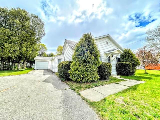 916 Bjornson Street, Big Rapids, MI 49307 (#72021015933) :: Real Estate For A CAUSE