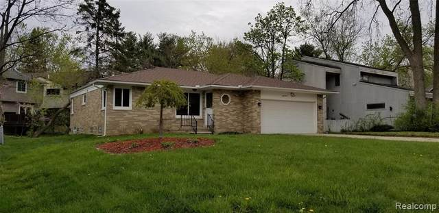 2100 Daintree Avenue, West Bloomfield Twp, MI 48323 (#2210032914) :: RE/MAX Nexus