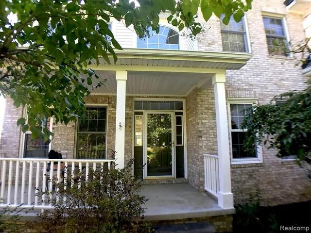 8814 Bonaventure, Brighton Twp, MI 48116 (#2210033041) :: Real Estate For A CAUSE