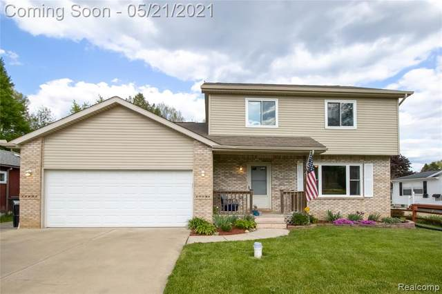 2637 Tim Avenue, Brighton Twp, MI 48393 (#2210033262) :: Alan Brown Group