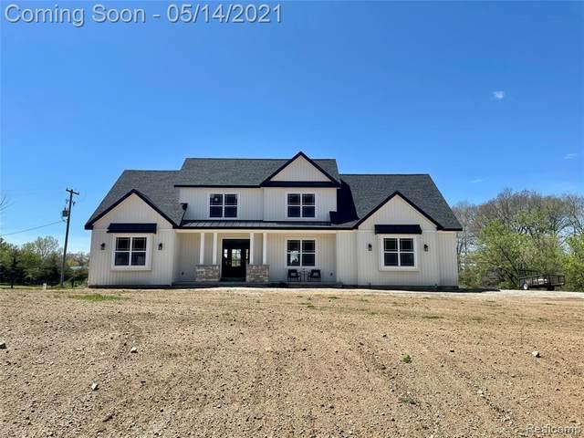 11692 Silver Lake Hwy, Woodstock Twp, MI 49230 (#2210033384) :: Novak & Associates