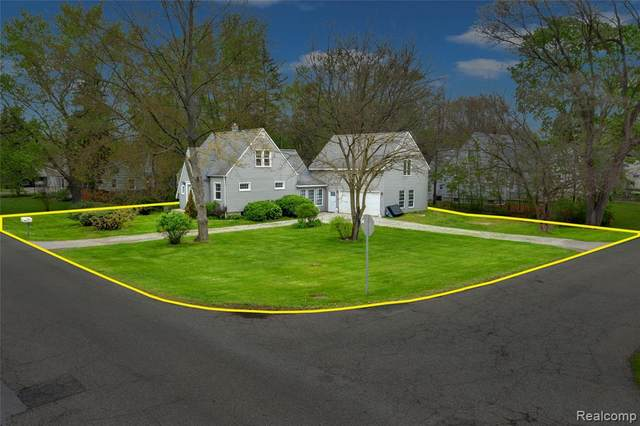 3320 Seebaldt Avenue, Waterford Twp, MI 48329 (#2210033391) :: Real Estate For A CAUSE