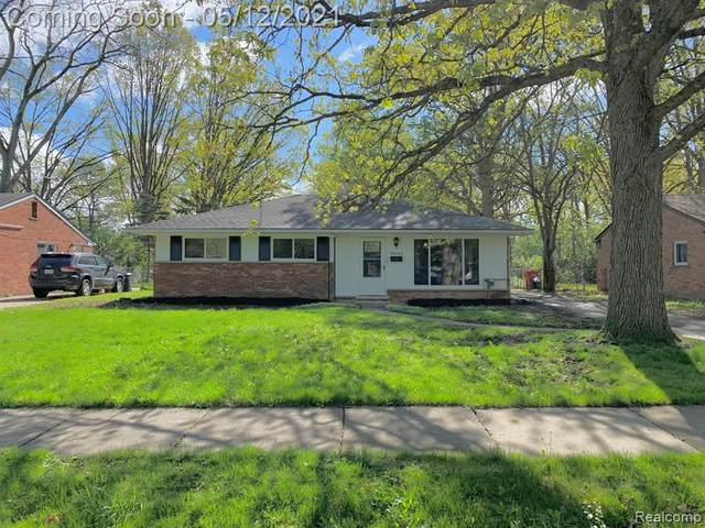 28042 Selkirk Street, Southfield, MI 48076 (#2210033402) :: Real Estate For A CAUSE
